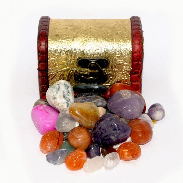 gemstone_treasure_chest_amazon_jurassic_jacks